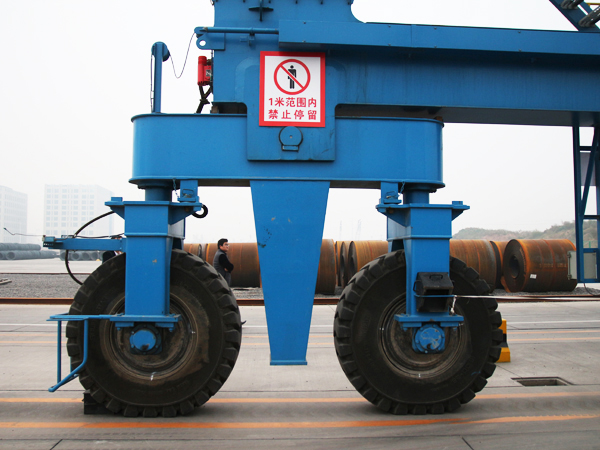 Rubber Tyre Container Gantry Crane /RTG Container Crane
