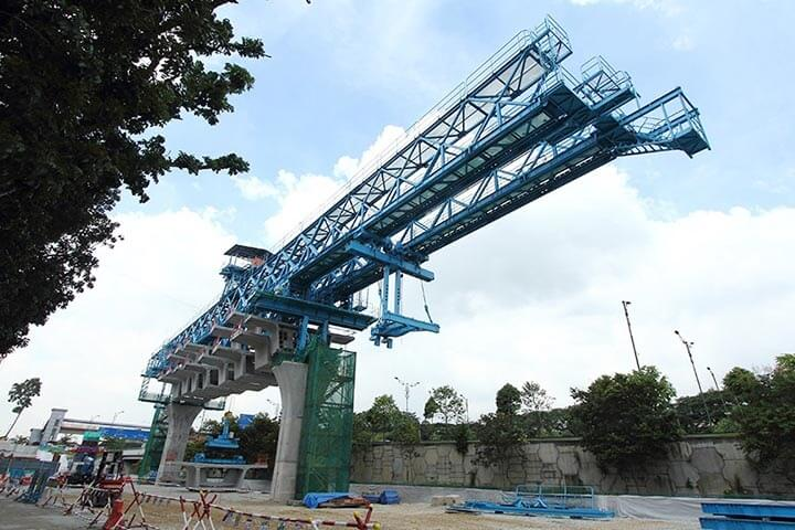 600 Ton 35 M Segment Launching Gantry with Span by Span Method